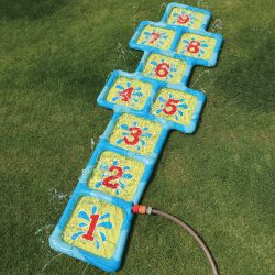 Zabawka ogrodowa na wodę gra w klasy